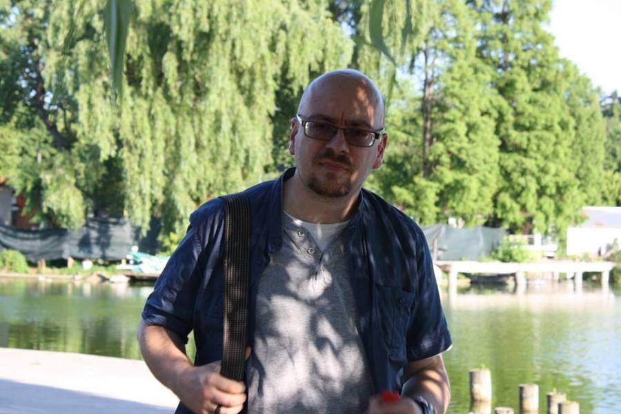 Duca pe malul lacului